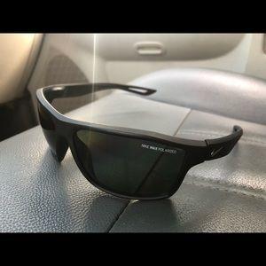 cab0e826d9582 Nike Glasses for Men | Poshmark